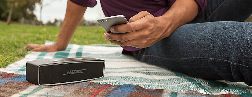 Disfruta de la música dondequiera que vayas con el altavoz Bose® SoundLink® Mini II con Bluetooth®